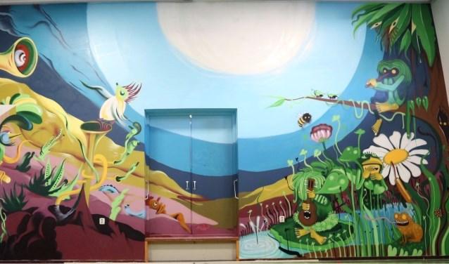 Speciaal voor de muziekschool aan de Makassarstraat is er een kunstwerk gemaakt. Foto: PT