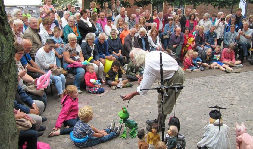 Plansjet uit Belgie met hun fantastische poppenspel treed op 15 juli op in Groenlo