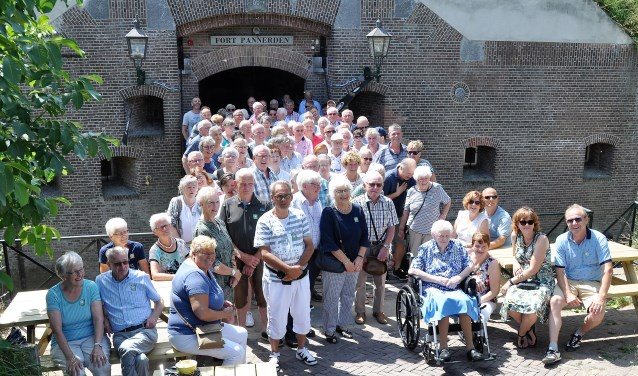 Nabestaanden van soldaten van Fort Pannerden uit de 1e wereldoorlog.