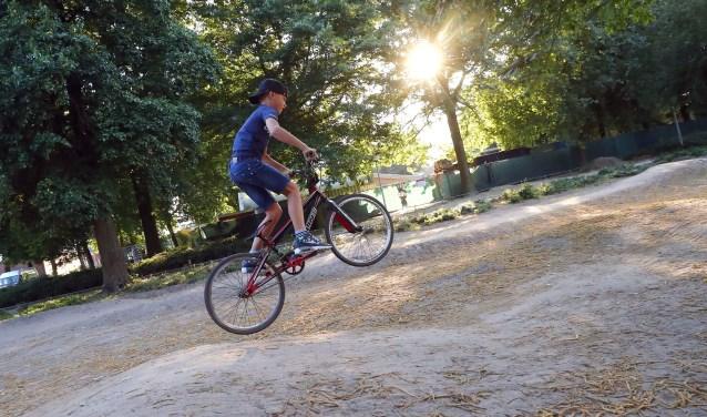 'Ik wil altijd heel veel buiten spelen. Het liefst met de fiets', aldus Jayden van den Broek. FOTO: Bert Jansen.