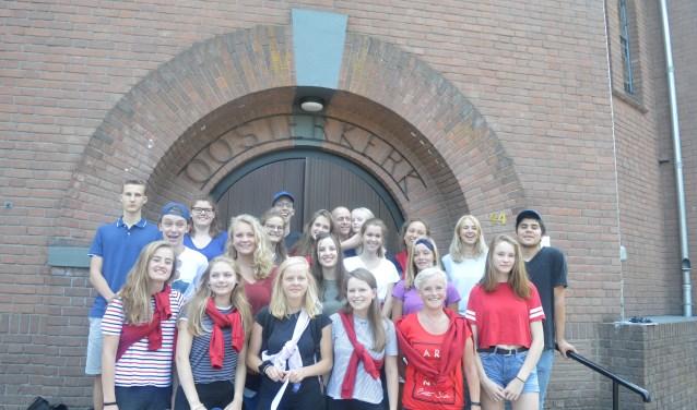 Via de website van de Oosterkerk doen de jongeren verslag.