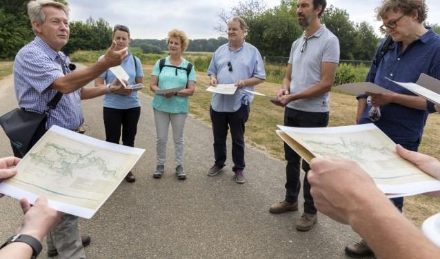 Van links naar rechts Gien van Wijk, Femke Dingemans, Ine Meeuwis Hub van Olden, Henri Swinkels en Patrick Timmermans. Foto: Marc Bolsius