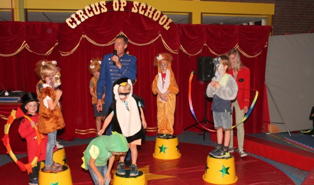De Julianaschool sloot een tijdperk af in de laatste week af met een spectaculair circus op school.