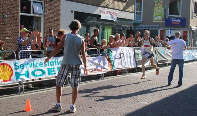 Gert-Jan Wassink wint de Hof van Twente Loop, die in het verleden vier keer werd gehouden bij de wielerronde.
