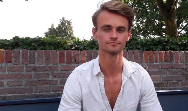 Ruben Schaap schrijft zijn liedjes voor iedereen die houdt van modern, Nederlandstalig, van uptempo, van beat, van lekker dansbaar.