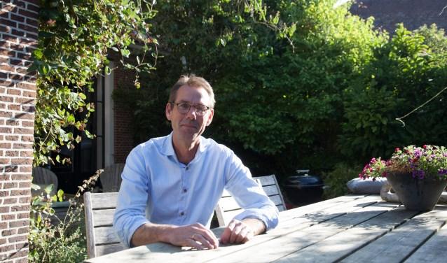 """Marc Samsom: """"Iedereen kent elkaar hier, dat geldt ook voor een flink deel van de inwoners van De Bruggen."""""""