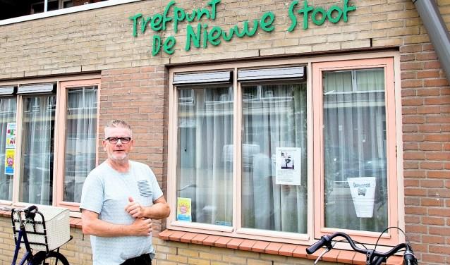 Henk van der Net is het vertrouwde gezicht van Trefpunt De Nieuwe Stoof. (Foto: Jeroen Verbueken Fotopersbureau Busink)