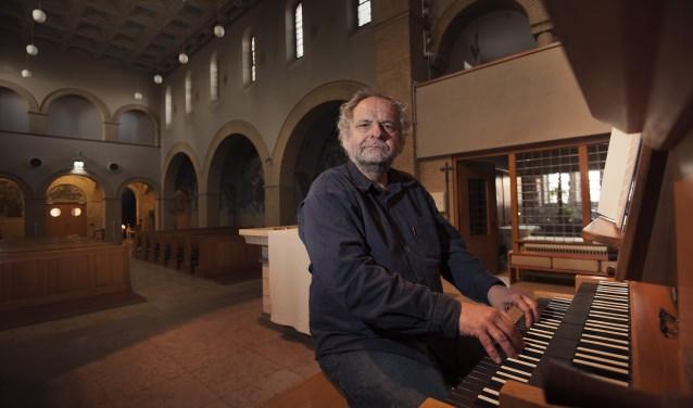 Op 11 augustus concerteert Gijs van Schoonhoven. Van Schoonhoven, die het instrument door en door kent, zal ondermeer een werk van zijn leermeester Bert Matter spelen.