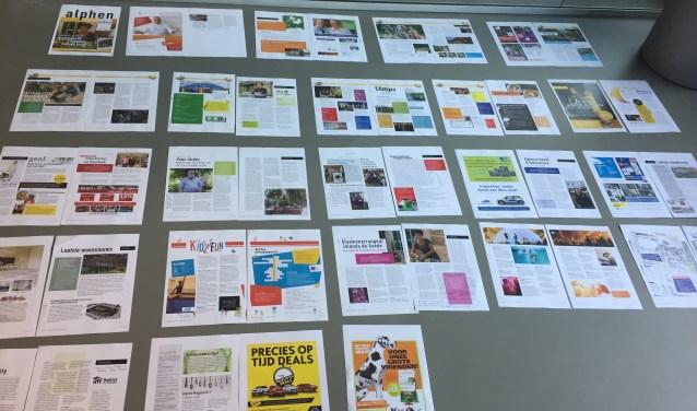 Als de studio klaar is met de opmaak, worden de pagina's uitgelegd om te kijken of de kleuren elkaar niet bijten. Een enkele pagina wordt verschoven, waarna het magazine naar de drukker kan.