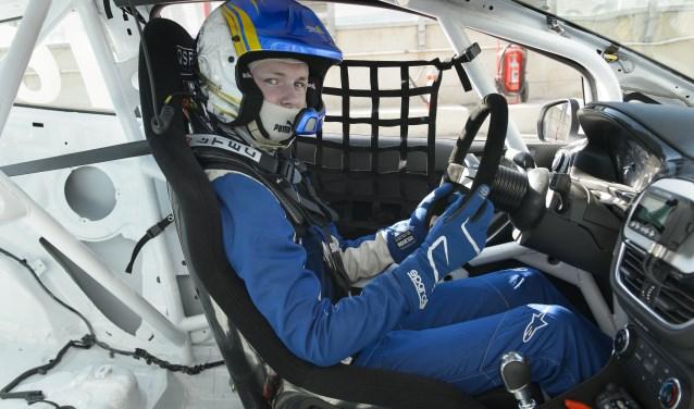 Dominique Kraan uit Hattem bij de Ford Fiesta Sprint Cup in het Belgische Zolder. Foto: Roel Louwers