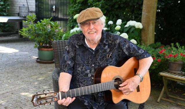 Countryzanger Peter van Zijl de Jong.