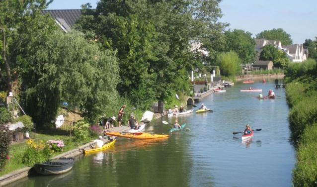 Er was grote belangstelling voor de kanotocht: uiteindelijk waren er tegen de 50 deelnemers, waaronder kanoverenigingen uit Schoten (België), IJsselstein, Haarlem, en de kanovereniging Dorestad.