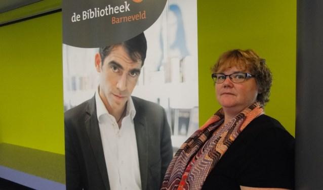 Sandra Mouw in de Barneveldse bibliotheek: ,,Walk & Talk begint nu aardig te lopen...''