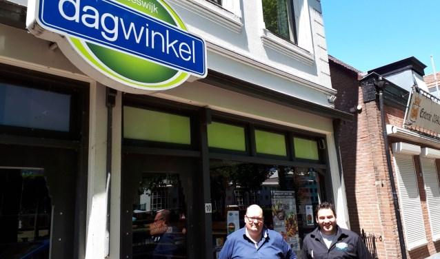 Patrick Wortman en Peter Kattenberg open Dagwinkel. Foto: Louise Mastenbroek.