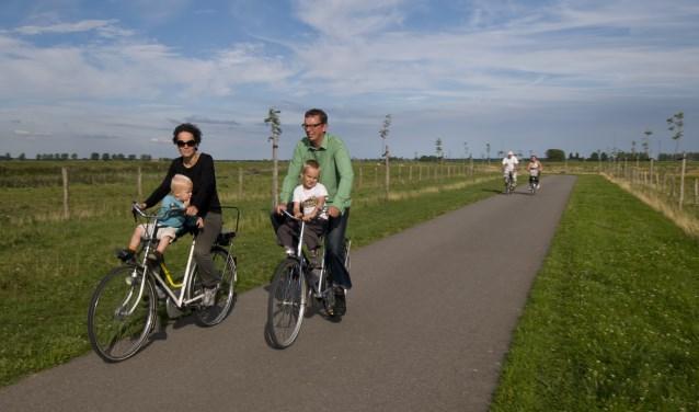 Maak zondag 15 juli een prachtige, deels onverharde fietstocht over Tiengemeten. FOTO: PR