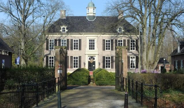 Bij het Rijssens Museum is op maandag 20 augustus een foto-presentatie over oud-Rijssen. Foto: Marieke Bakker / Tubantia.