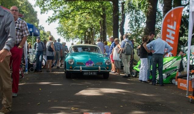 Op zaterdag 8 september 2018 vindt de jaarlijkse Oldtimerdag op de Dorpsstraat in De Bilt plaats. FOTO: Martijn Koedijk fotografie