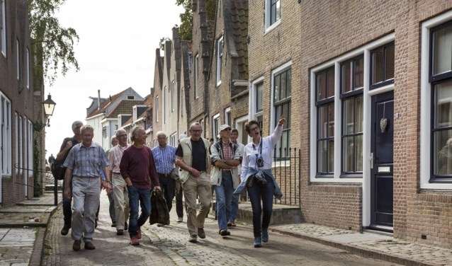 VV Zeeland houdt deze zomer van 3 juli tot en met 28 augustus iedere dinsdag en woensdag stadswandelingen.