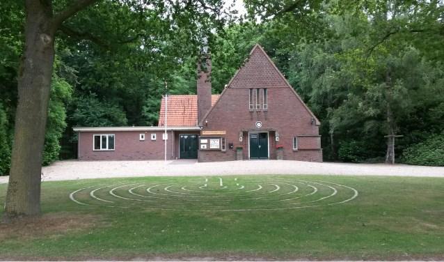 Het labyrint voor de Slangenburgse kerk is in augustus gratis te bezoeken. (Eigen foto)