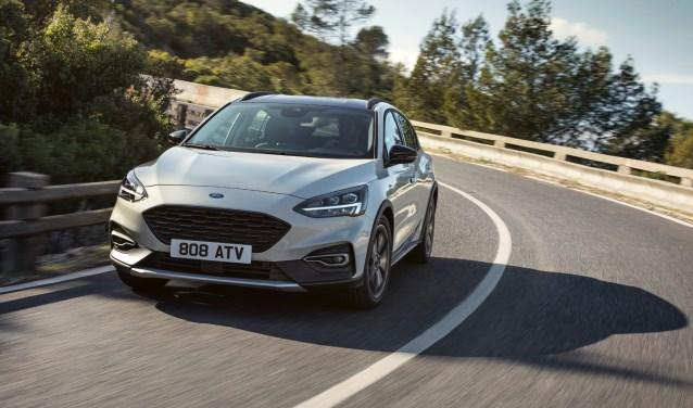 De nieuwe Focus koppelt styling aan aerodynamica. Ook een ruimer interieur met materialen van hoge kwaliteit valt het model te beurt.
