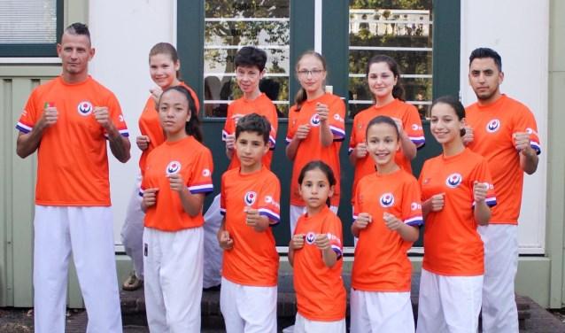 Team Choku voor het EK. Delenn bovenste rij 2e van links
