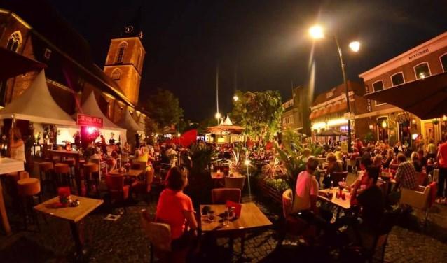 Drie avonden 'preuven' bij gerenommeerde Winterswijkse horecazaken onder de Jacobstoren aan de noordzijde van de Markt
