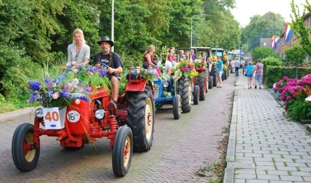 De Oranje Zomerfeesten zijn een echte traditie in Aarlanderveen. Zoek de klompen op en sluit aan!