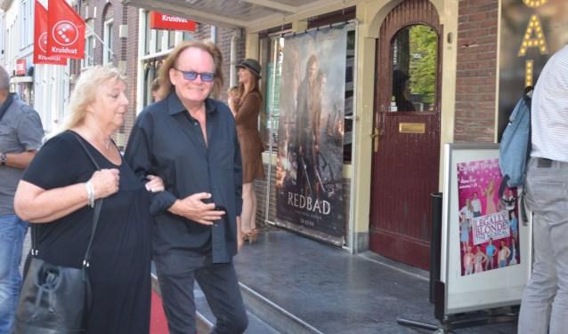 Tom en Vera Moerenhout bezoeken de voorpremière van  Redbad. Tom heeft in de eerdere film van Roel Reiné, Michiel de Ruyter gespeeld.