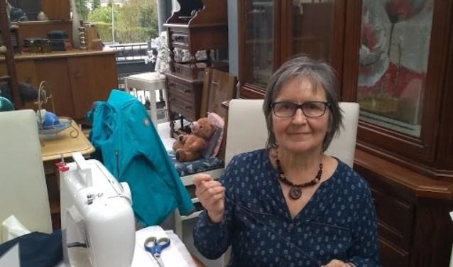 Het team vrijwilligers Repair Café Altena ziet u graat tegemoet.