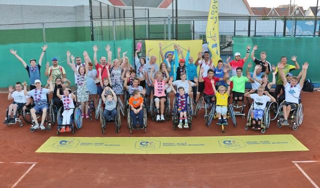 Alle deelnemers voor het Cruyff Junior Camp van 23 t/m 26 juli in Nieuwe Sloot.