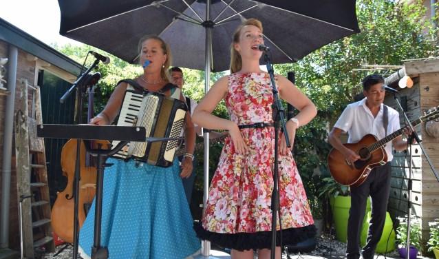 Charlotte Welling en Trio Dobbs
