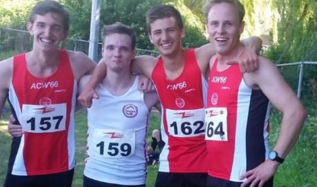 Cedric Vos, Jesse en Julian Buckmann en Jordy van Kuik hebben een nieuw clubrecord gevestigd op de 4 keer 400 meter estafette.