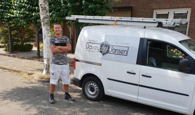 Davey heeft nu zes jaar een eigen schildersbedrijf.
