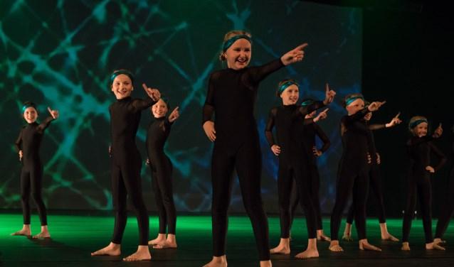 Dertien wedstrijdteams van Dance Studio Bennekom streden tijdens de finals van Dutch Gymnastics in Ahoy Rotterdam.