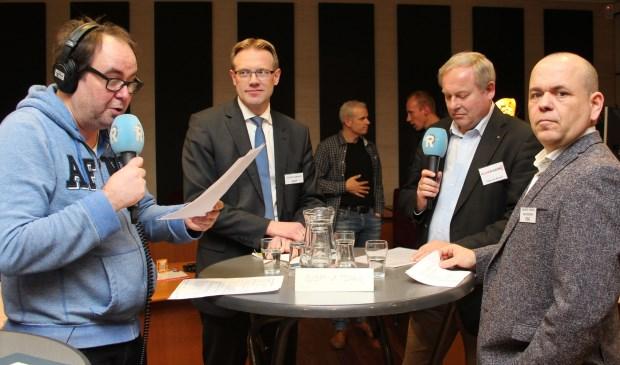 Een debatavond voorafgaand aan de gemeenteraadsverkiezingen n Alblasserdam. Klokradio heeft daar samen met Rijnmond verslag van gedaan. (Foto: Ria Scholten)