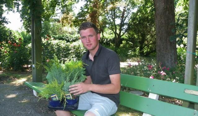 Arwin Olieman heeft zijn diploma van de Boomteeltopleiding behaald. Hij kiest voor de combinatie techniek en sierteelt.