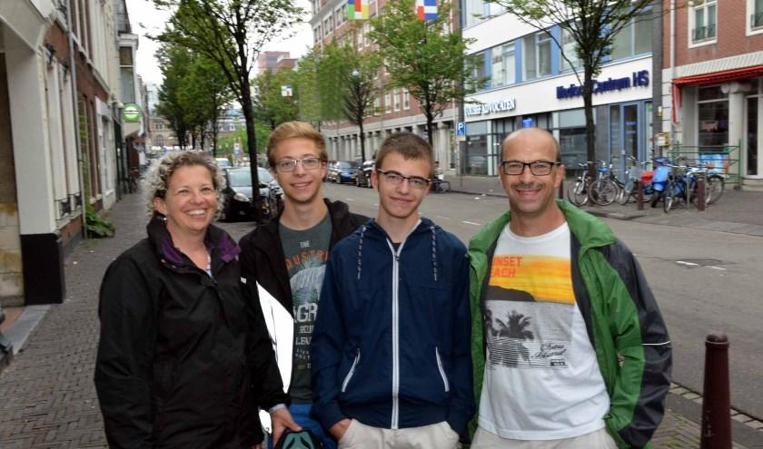 Van links naar rechts: Mieke Claes, Seppe, Siebe en Dirk van Limbergen (foto: Jos van Leeuwen)