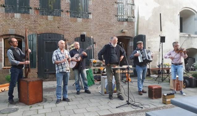 Kortom Smidje past helemaal bij de authentieke Brabantse sfeer en gastvrijheid van 'ons Roosendaal'.