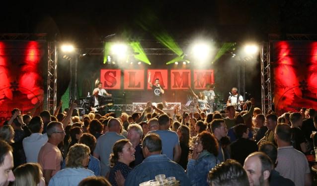 Nederlandstalig, rock, top 40 nummers, alles spelen de leden van de Graafse band.