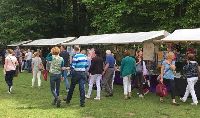 Op zondag 19 augustus staat het terrein van Boerderij Hoekelum weer in het teken van de fair La Douce France.