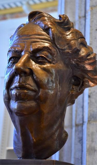 Het borstbeeld van Eleanor Roosevelt zoals dat gemaakt werd door Marie Seborova. FOTO: PR