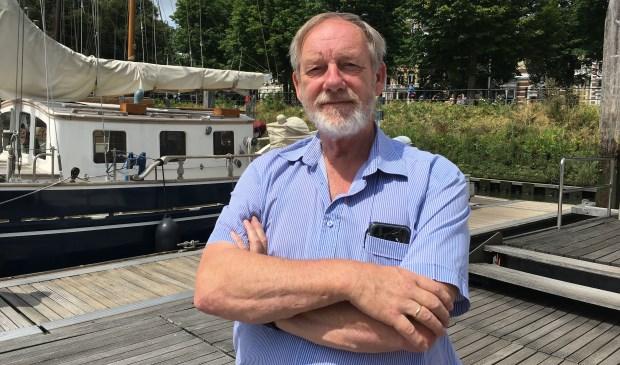 Ook als havenmeester van de Veerhaven is Bas weer hét aanspreekpunt.