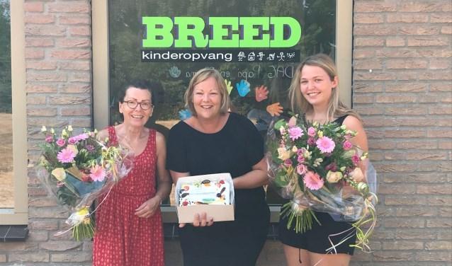 Van links af Trijnie Bos (directeur en  orthopedagoog), Linda Duitman (adviseur SBB) en Merle Kleverkamp (pedagogische medewerker Breed).