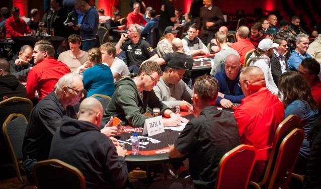Het Wapen van Alblasserdam wordt omgetoverd tot een ware pokerroom. (Foto: Privé)