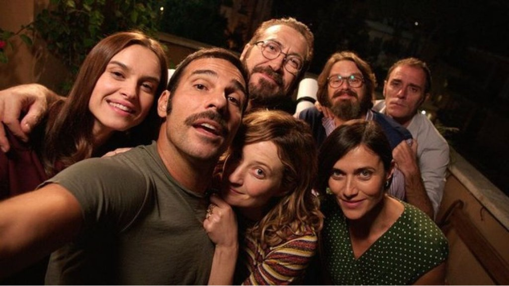 De film 'Perfetti sconosciuti' is donderdag 9 augustus de eerste film van de reeks BuitenBios, in het parkje naast Groene Engel.