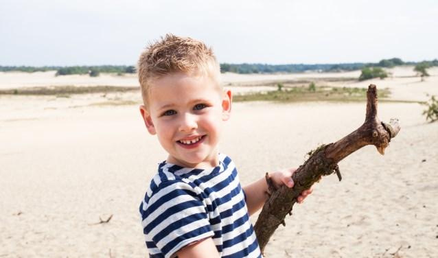 Floris Kruijzen uit Loon op Zand is de Jarige van de Week. Op vrijdag 10 augustus wordt hij 4 jaar.