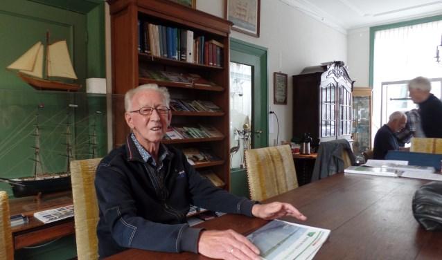 Wim de Ruiter is altijd erg druk met zijn vele vrijwilligerswerk. Hij zit in diverse besturen, ook al toen hij nog werkte. (Foto: Anja Helmink)