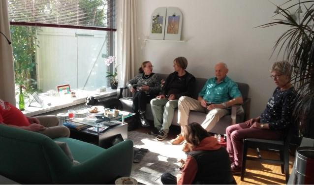 Bezoekers bij Treat. Foto: Anneke van Nierop