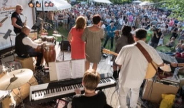 Op zondag 2 september is de jubileumeditie van Akoestival in het Westdampark in Woerden.