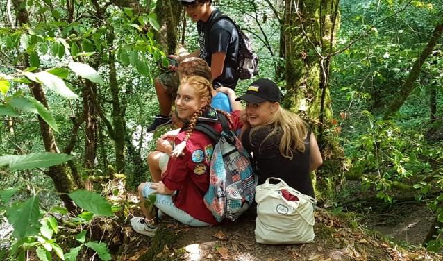De explorers in het natuurgebied van Brexbachtel